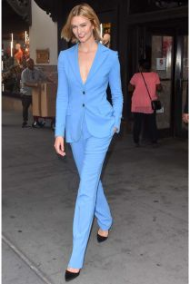 Karlie Kloss in Carolina Herrera, NY