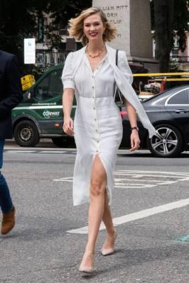 Karlie Kloss in Prada al British Vogue signing, London