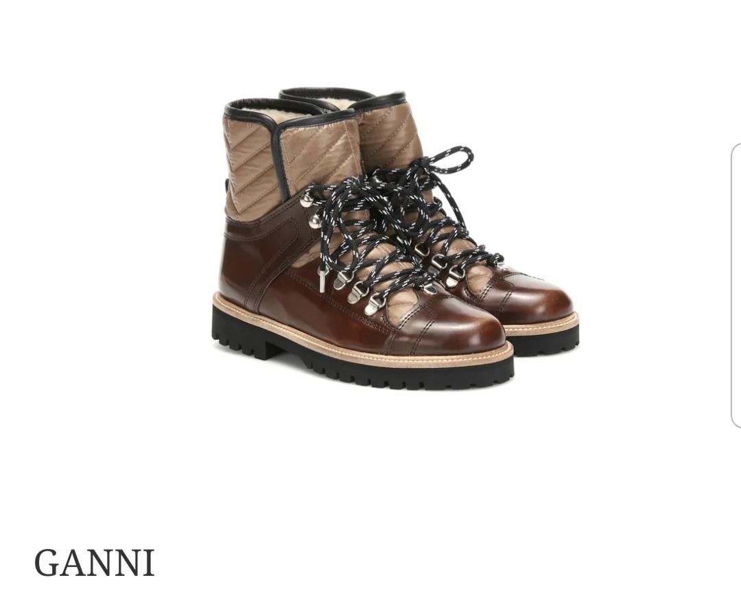 Arriva l' inverno: è tempo di hiking boots