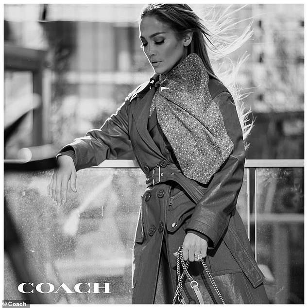 Jennifer Lopez è la nuova protagonista di Coach