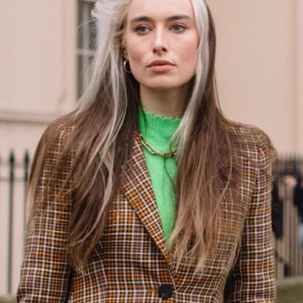 Grey Hair: ecco il nuovo trend che spopola anche tra le più giovani