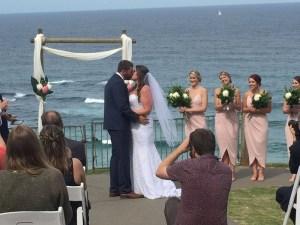 Wedding Harry's Lookout Kiss