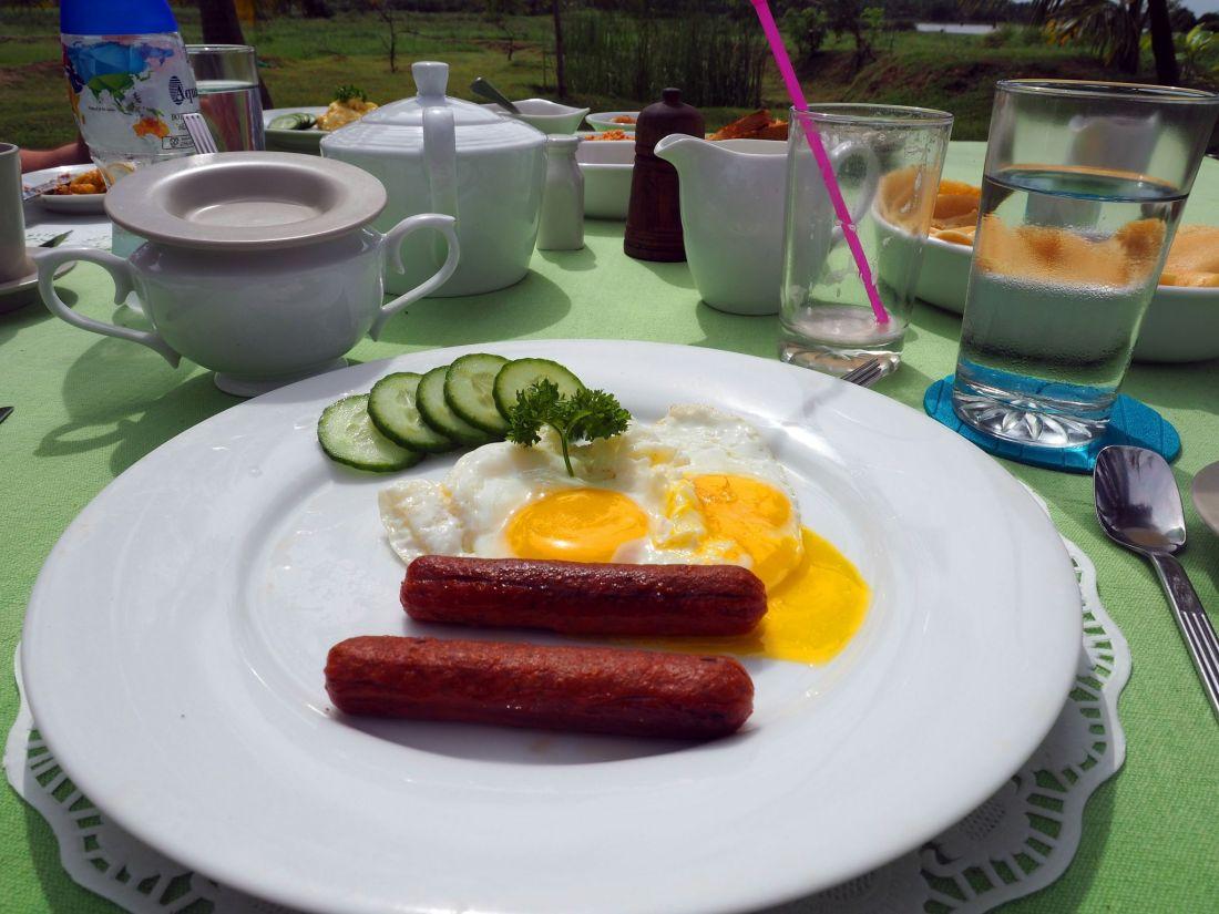 Cooked breakfast Master Campers Udawalawe
