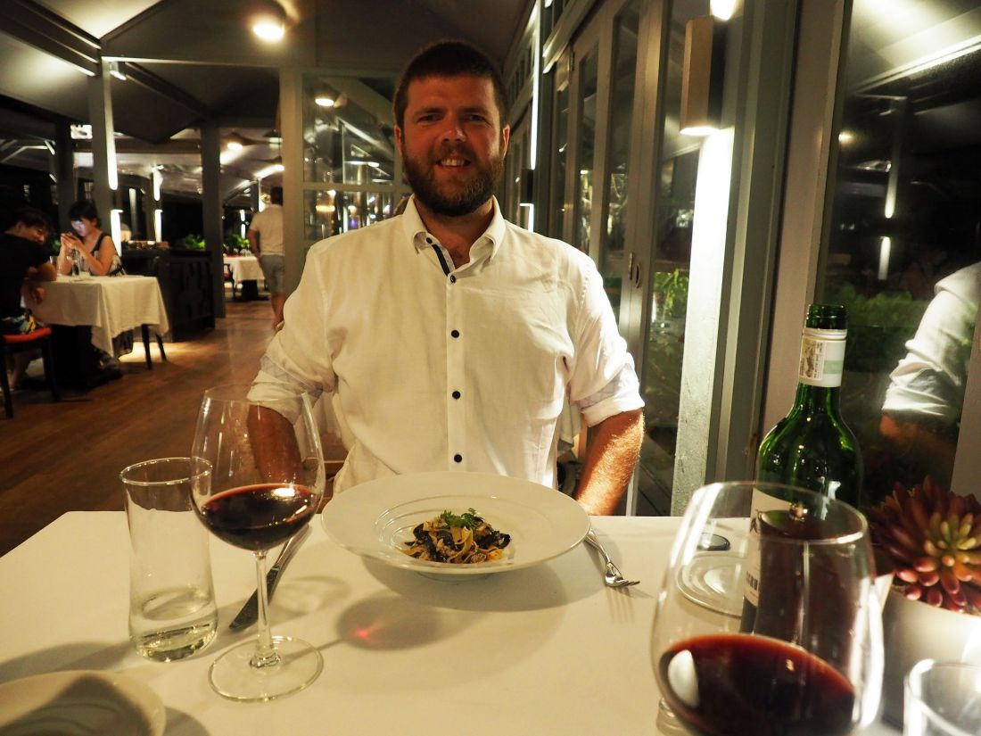 Dining at Allegria LUX Maldives