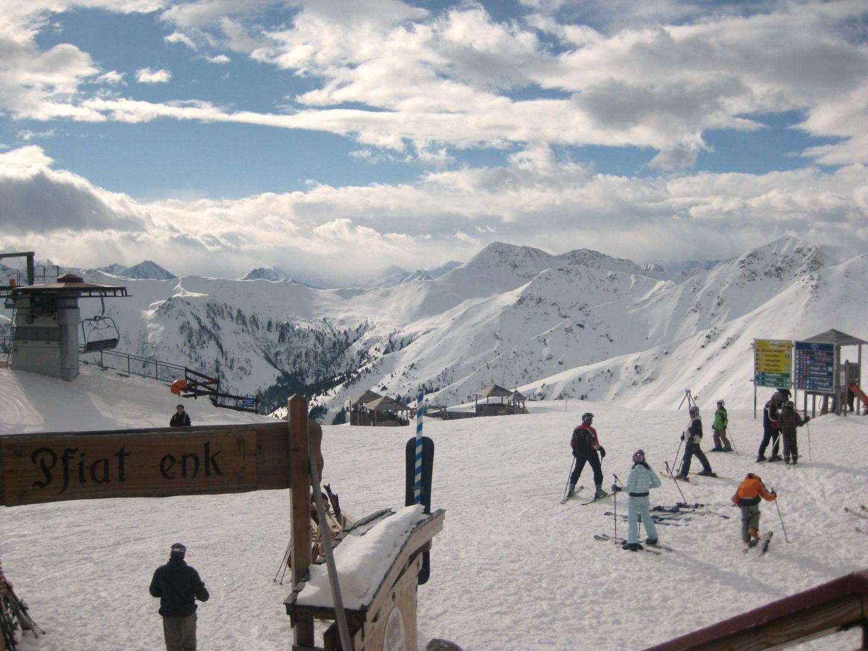 Skiing in Saalbach Austria