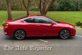 2016_Honda_Accord_05