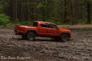 2016 Toyota Tacoma TRD 4x4_23
