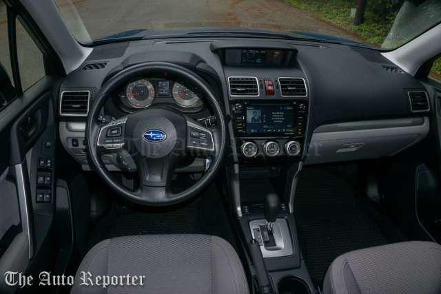 2016 Subaru Forester 2.5i Premium_01