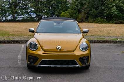 2016-volkswagen-beetle-dune-convertible_24