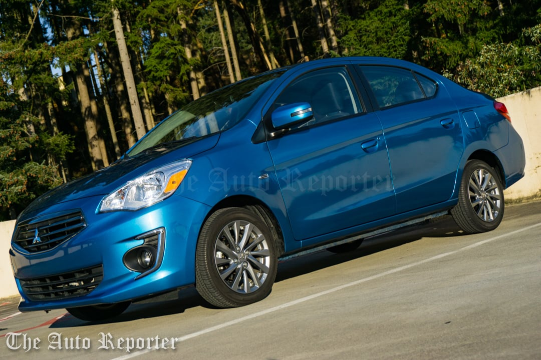 2017 Mitsubishi Mirage G4 SE sedan _ 10