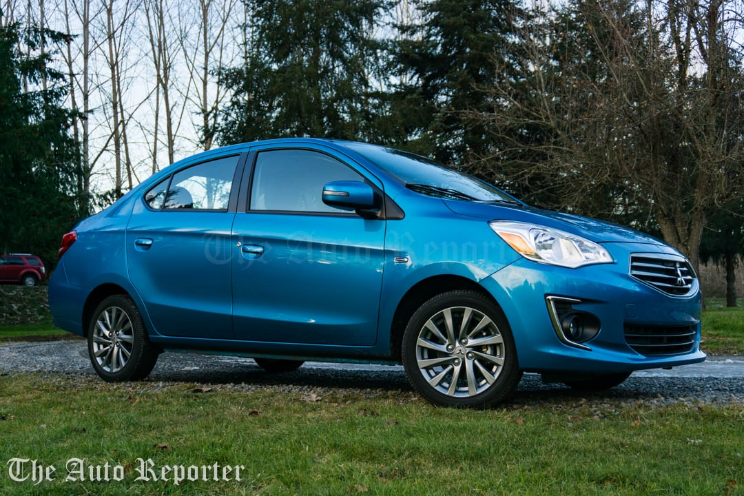 2017 Mitsubishi Mirage G4 SE sedan _ 39