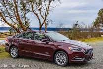 2017 Ford Fusion Hybrid _ 08
