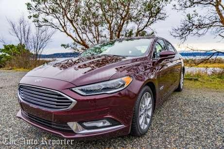 2017 Ford Fusion Hybrid _ 10