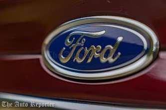 2017 Ford Fusion Hybrid _ 23