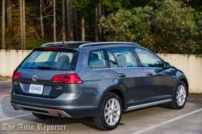 2017 Volkswagen Golf Alltrack-16
