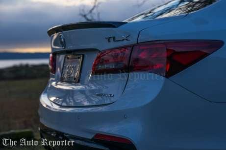 2018 Acura TLX V6 A-Spec SH-AWD_069