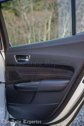 2018 Acura TLX V6 A-Spec SH-AWD_108