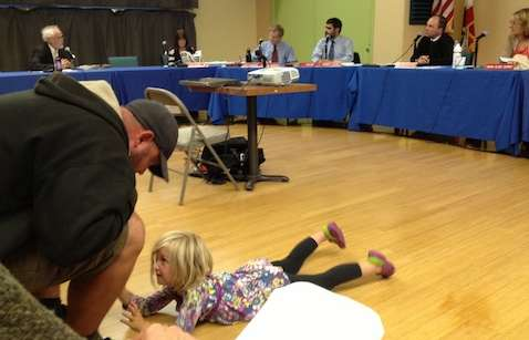 Sean Jennings and daughter Tulsi at the Sebastopol City Council [photo by Marty Roberts]