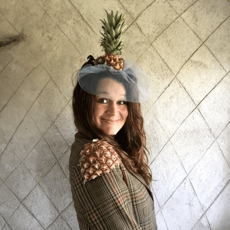 blogger Ulla Lake wearing a tropical pineapple fascinator diy craft