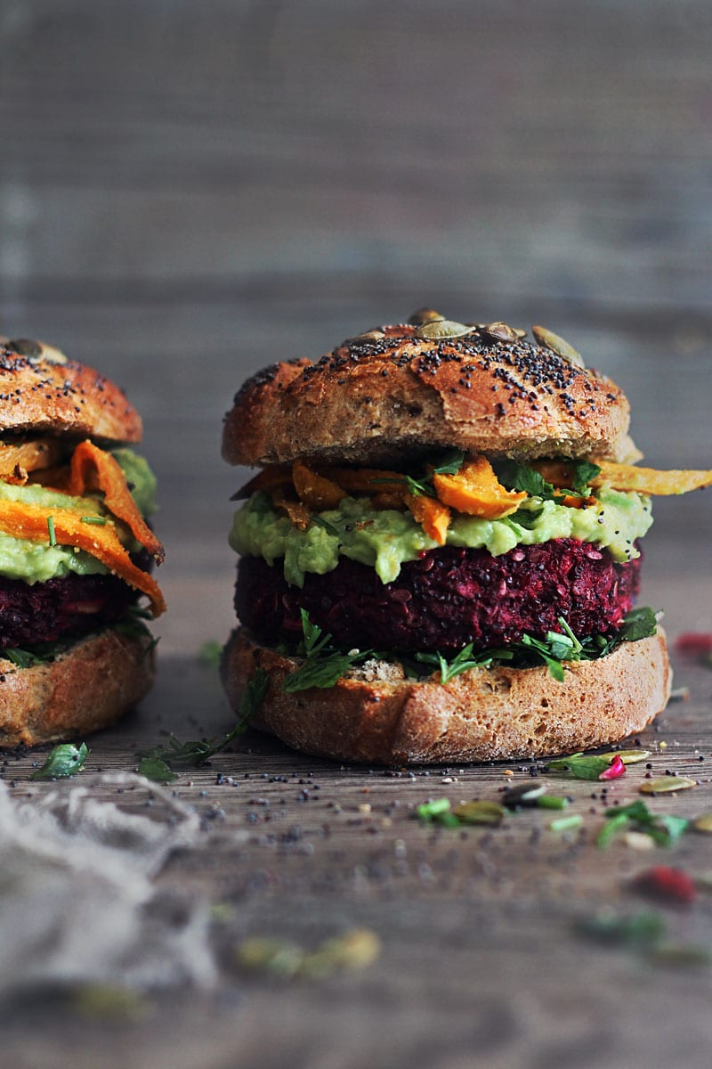 Quinoa-Beet-Burger