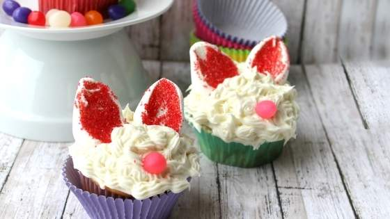 Easter bunny cupcakes with marshamallow ears and jelly bean noses.