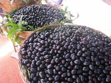 Ripen Black plum