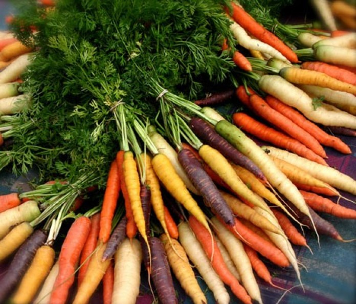 Different-colours-of-carrots