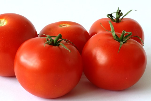 Red tomatoes for skin