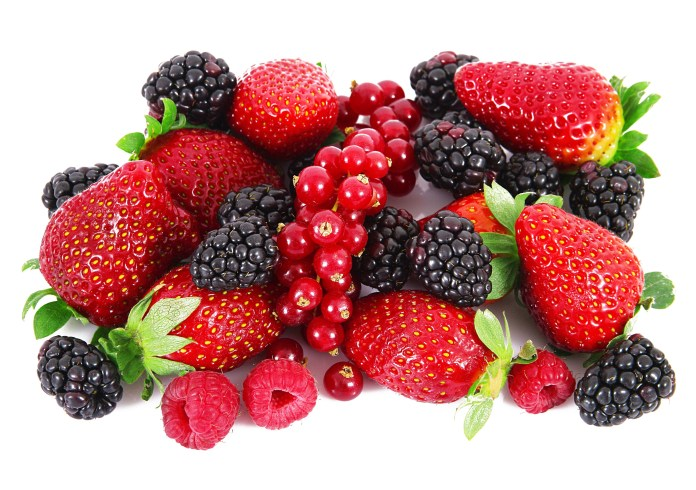 Colourful-berries-for-health-benefits