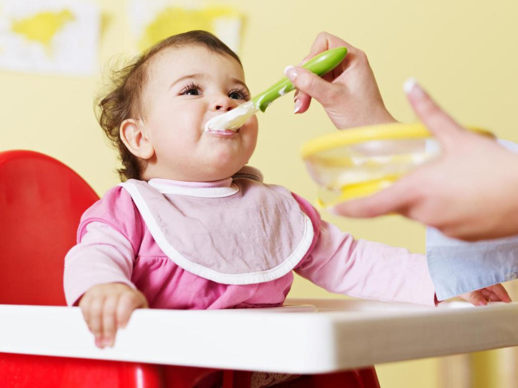 Indian diet plan for 6-8 months baby :Vegetarian and Non-vegetarian