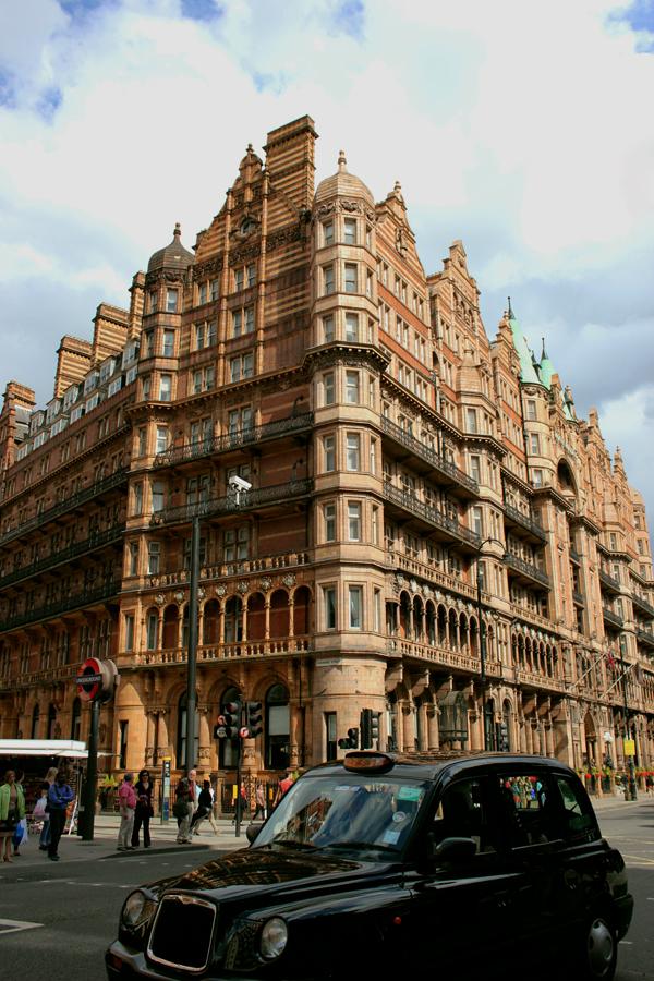 LONDON-