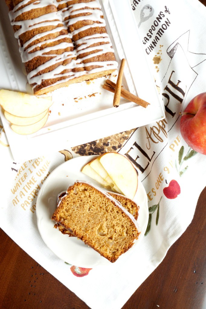 apple cinnamon loaf cake