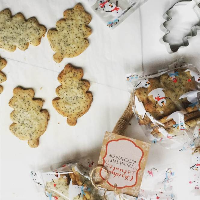 Christmas Cookies - Thyme and Poppy seed Shortbread
