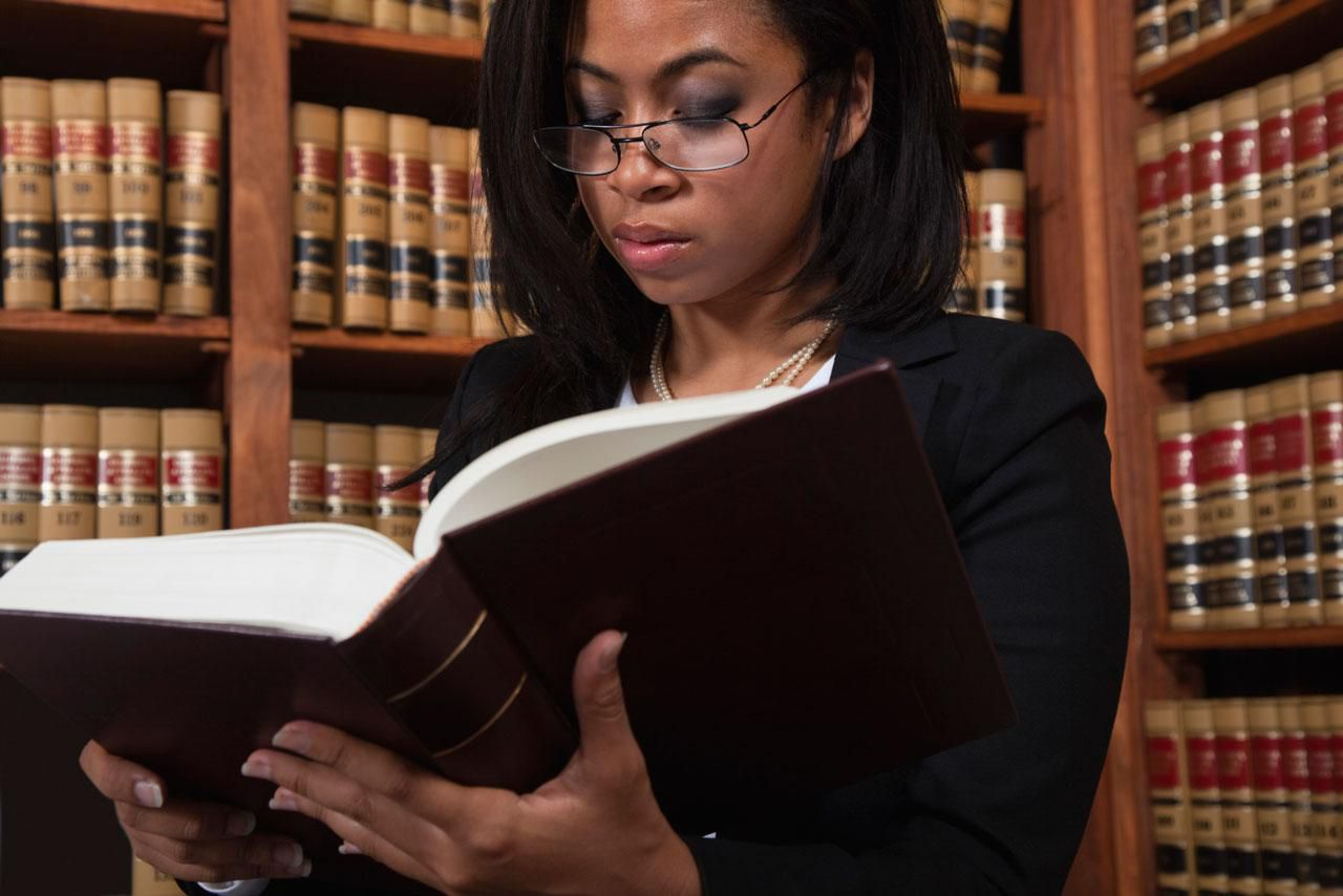 Should You Become A Paralegal Or A Lawyer