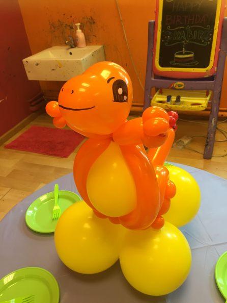 balloon-charmander-pokemon-singapore