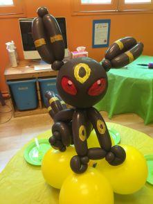balloon-umbreon-pokemon-singapore
