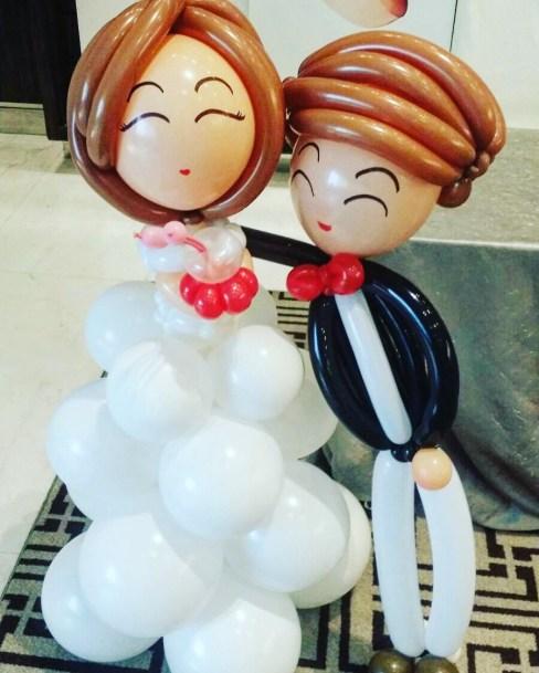 wedding-couple-balloon