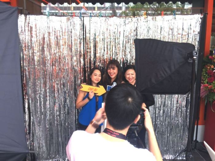 instant-photo-booth-singapore2