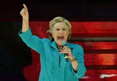Hillary Debuts Angry Singing Style on 'The Voice'