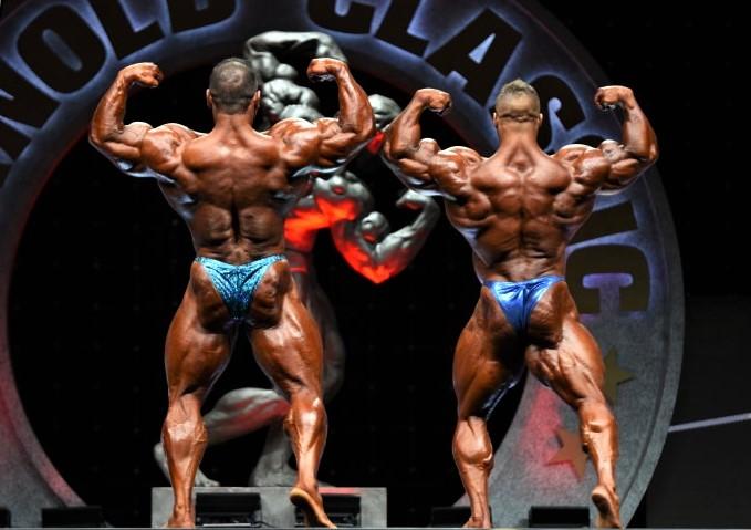 Kuclo vs. Walker, rear double biceps