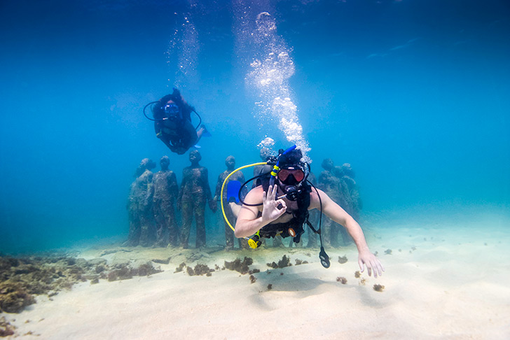 Diving at Gda's Underwater Sculpture Park
