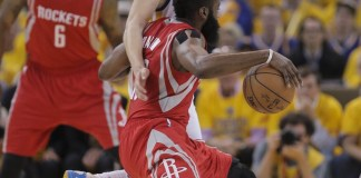 Klay Thompson guarding James Harden during the 2015 Playoffs.