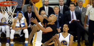 June 13, 2016; Oakland, CA, USA; Cleveland Cavaliers forward Richard Jefferson (24) moves to the basket against Golden State Warriors during the second half in game five of the NBA Finals at Oracle Arena. Mandatory Credit: Cary Edmondson-USA TODAY Sports