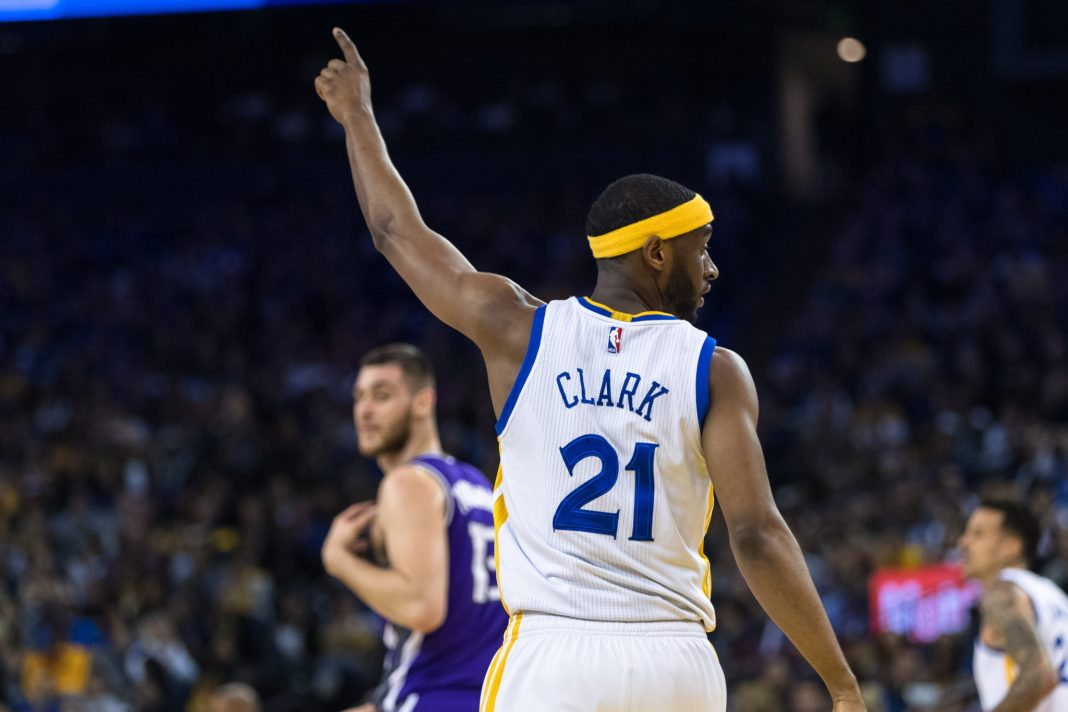 Mar 24, 2017; Oakland, CA, USA; Golden State Warriors guard Ian Clark (21) reacts in the game against the Sacramento Kings in the second quarter at Oracle Arena. Mandatory Credit: John Hefti-USA TODAY Sports