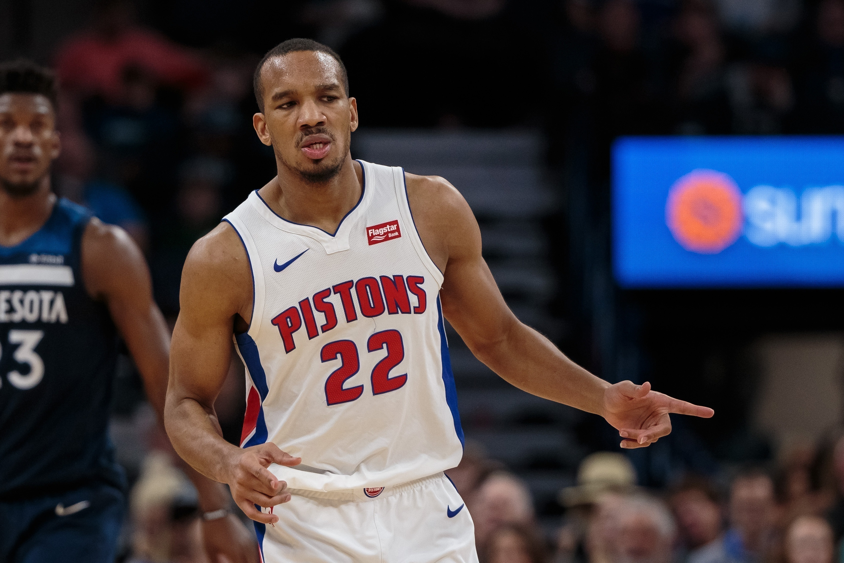 Pistons Shopping Avery Bradley In Trade Talks