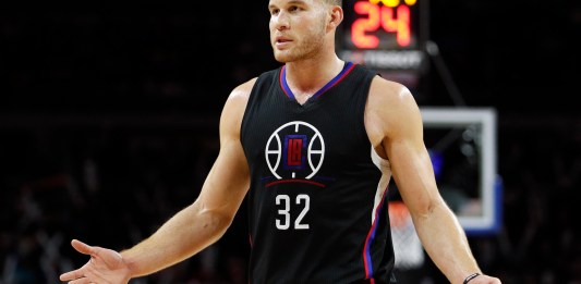 Nov 25, 2016; Auburn Hills, MI, USA; Los Angeles Clippers forward Blake Griffin (32) looks to his bench during the third quarter against the Detroit Pistons at The Palace of Auburn Hills. Pistons win 108-97. Mandatory Credit: Raj Mehta-USA TODAY Sports