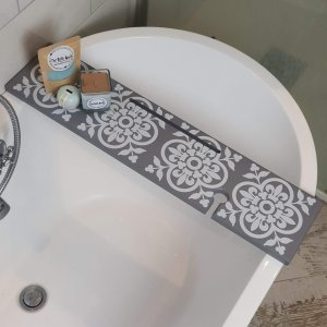Victorian Grey Patterned Bath Rack
