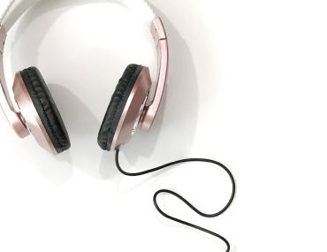 10 podcasts sur l'entrepreneuriat. Un article du blog TheBBoost.