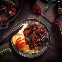 Pulled Venison - Gerookt Hert met een heerlijke winterse saus