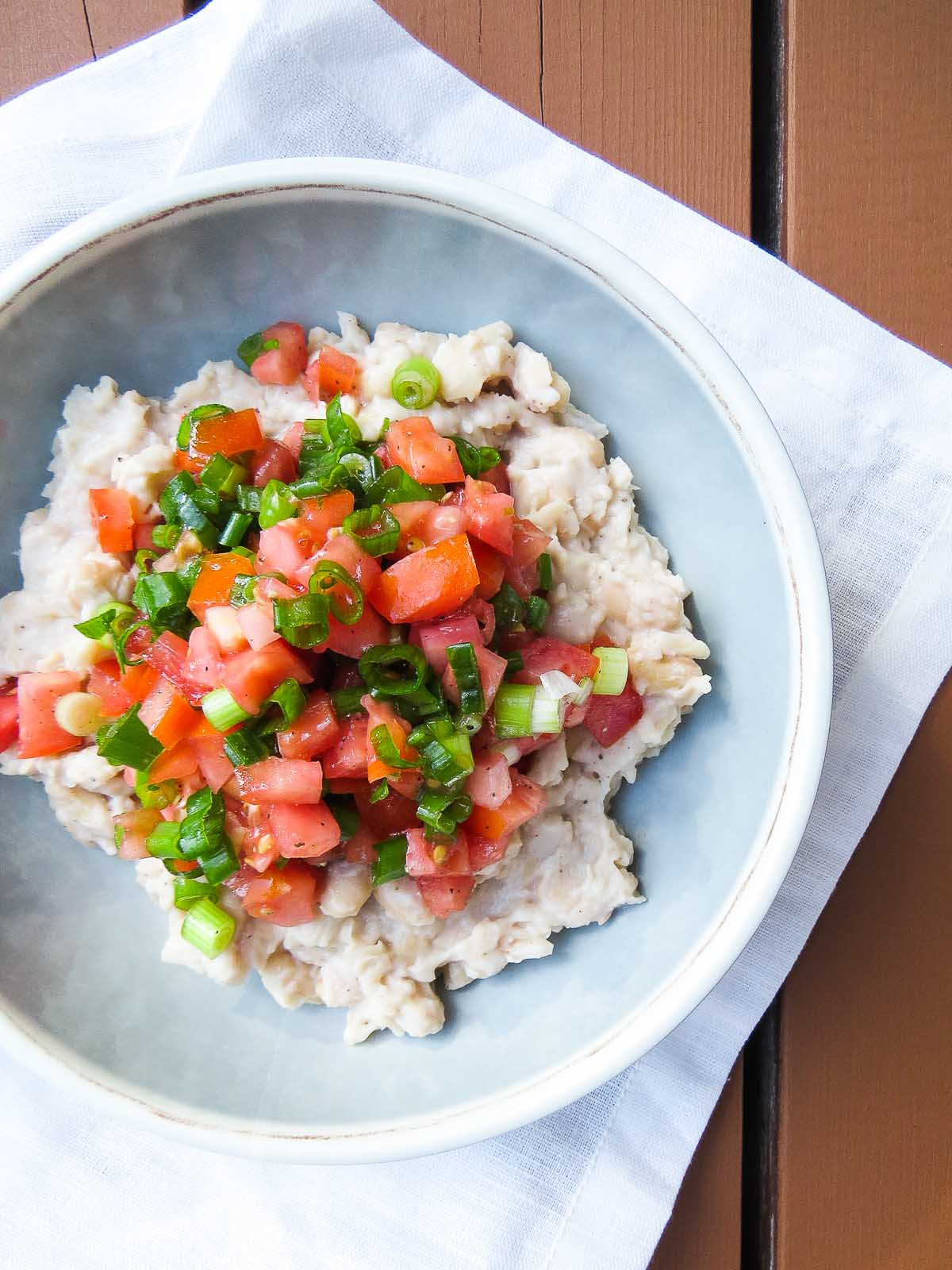 Healthy Tomato Scallion White Bean Dip
